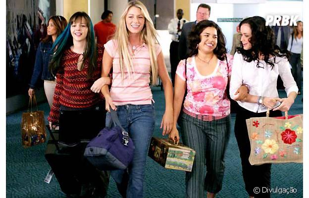 """Com Blake Lively no elenco, """"Quatro Amigas e Um Jeans Viajante"""" foi um sucesso entre os adolescentes"""