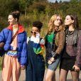 """Sororidade é um dos temas que aparecem em """"Sex Education"""": veja 7 séries feministas que não são sobre feminismo"""