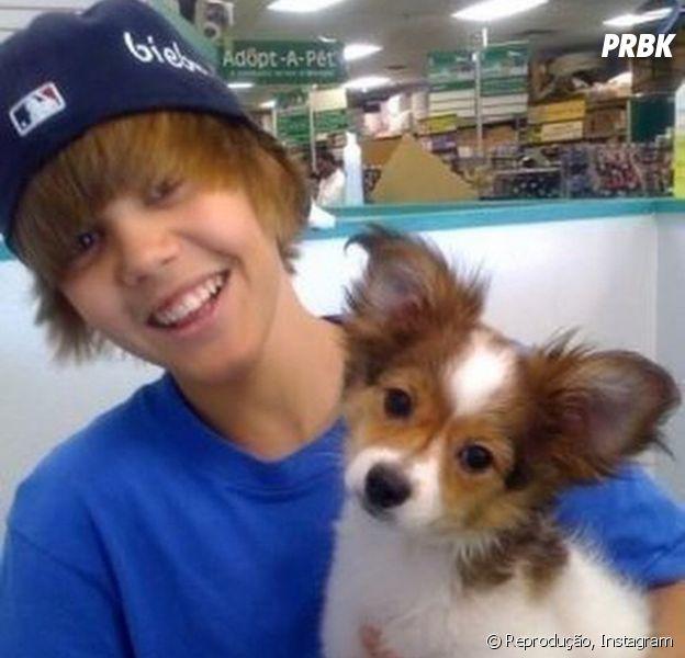Justin Bieber lamenta morte do cachorro Sammy no Instagram