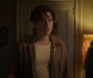 """""""Riverdale"""": Jughead (Cole Sprouse) é um pouco mais reservado e gosta fingir que é durão, mas sabemos não é bem por aí, né?"""