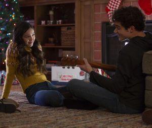 """Com Olivia Rodrigo e Joshua Bassett, segunda temporada da série """"High School Musical"""" estreia dia 14 de maio"""