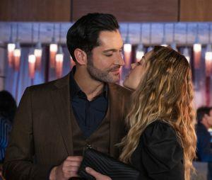 """""""Lucifer"""": 2ª parte da 5ª temporada mostra um grande passo na relação de Lucifer (Tom Ellis) e Chloe (Lauren German)"""