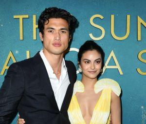 "De ""Riverdale"": Camila Mendes e Charles Melton podem ter reatado namoro"
