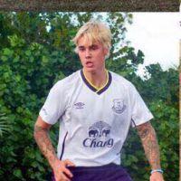 OMG: Justin Bieber quebra o pé durante jogo de futebol e posta foto nas redes sociais