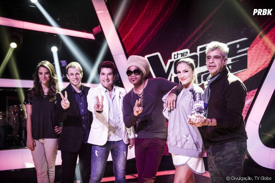 Os apresentadores Miá Mello e Tiago Leifert posam com os jurados Daniel, Carlinhos Brown, Cláudia Leitte e Lulu Santos.