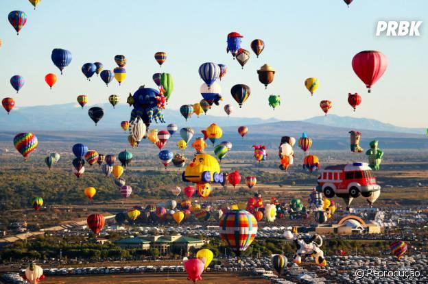 Festival Internacional de Balonismo de Albuquerque, Estados Unidos, colore o céu de uma forma surpreendente