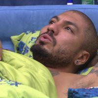 """No """"BBB 15"""": Fernando acha que Angélica e Amanda estão armando contra ele e não contra Cézar!"""