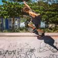 Rafael Vitti manda bem nas manobras radicais e compartilha seus momentos no skate no Instagram