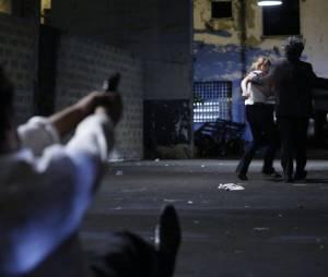 """José Pedro (Caio Blat) dispara contra José Alfredo (Alexandre Nero) em """"Império"""""""