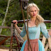 """Filme """"Cinderela"""", com Lily James, causa muito nos EUA e é o grande líder de bilheteria!"""