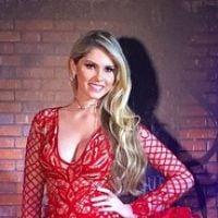 Bárbara Evans comemora aniversário com joias de R$70 mil, vestido transparente e novo namorado!