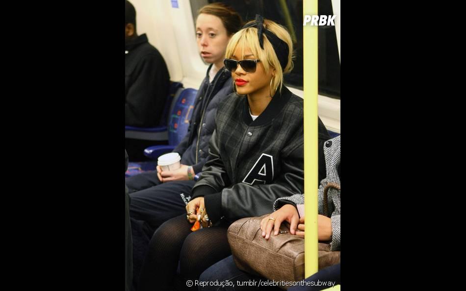 Será que Rihanna foi parada por muitos fãs no metrô?