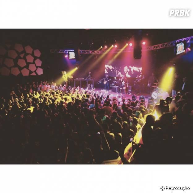 Anitta emplaca show lotado na boate Eazy, em São Paulo