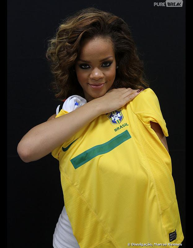 Rihanna é nossa galera! A diva da música pop volta a pisar no Brasil em 2014, para um ensaio fotográfico no Rio