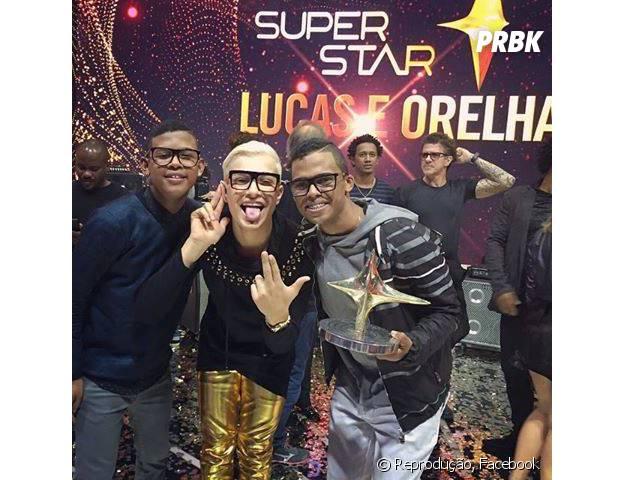 """MC Gui comemora vitória de Lucas e Orelha no palco do """"SuperStar"""""""