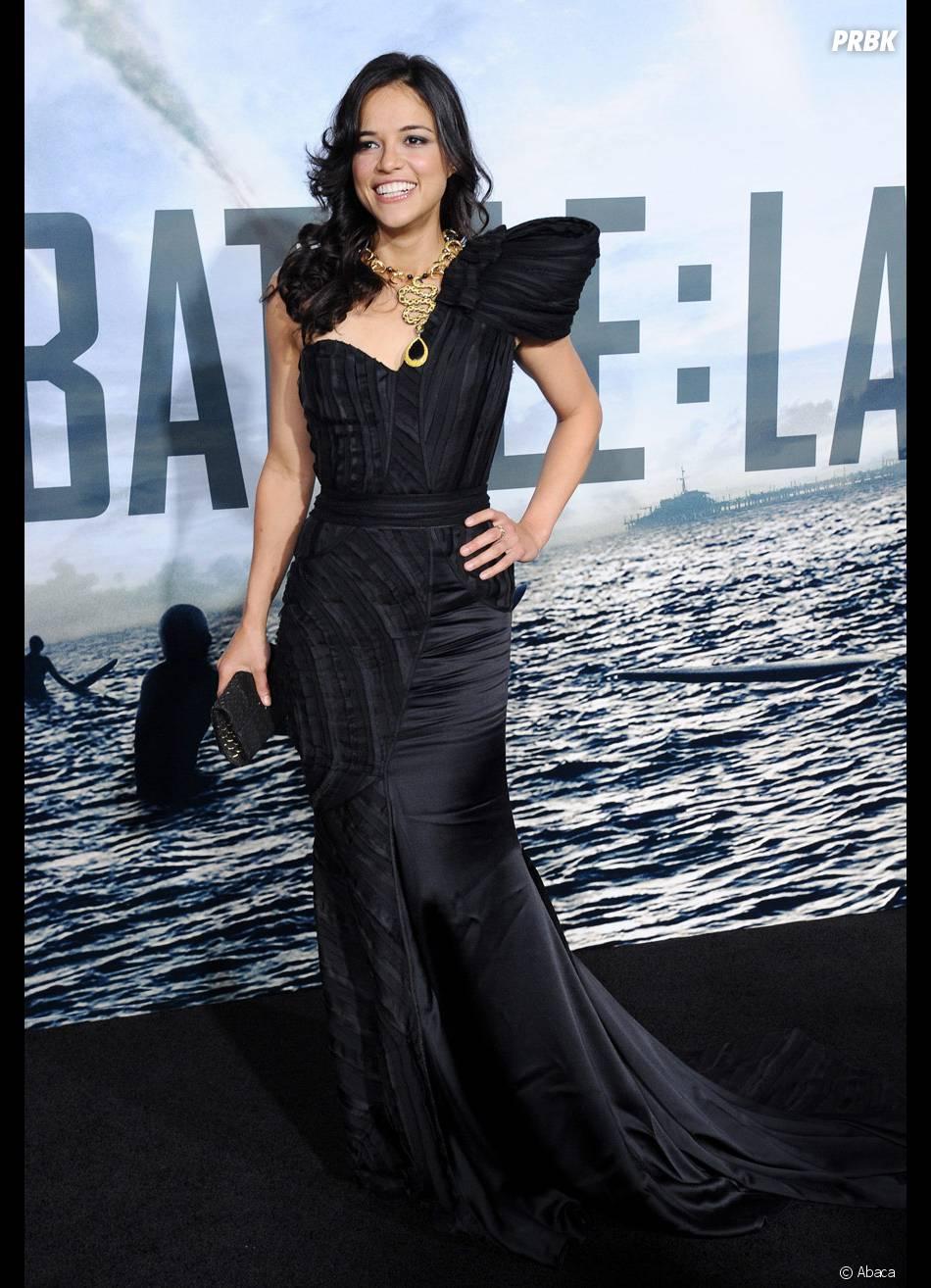 """A atriz da saga """"Velozes e Furiosos"""", Michelle Rodríguez assumiu em entrevista publicada pela revista """"Entertainment Weekly"""" de outubro que é bissexual"""