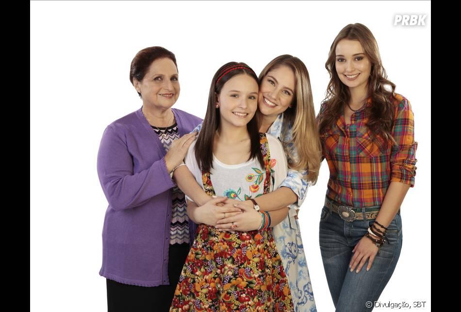 Manuela (Larissa Manoela) mora com a mãe, Rebeca (Juliana Barone), a ... dec4e69e14