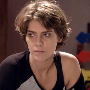 """Novela """"Malhação"""": Karina (Isabella Santoni) fica brava quando Pedro comenta sobre seu aniversário"""