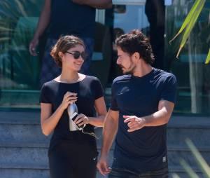 Daniel de Oliveira e Sophie Charlotte enfrentam boatos de crise de namoro e marcam data para se casar, diz colunista