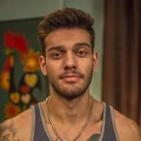 """Novela """"Malhação"""": Lucas Lucco, Mariana Moschen e Vitor Novello arrasam em primeiras fotos!"""