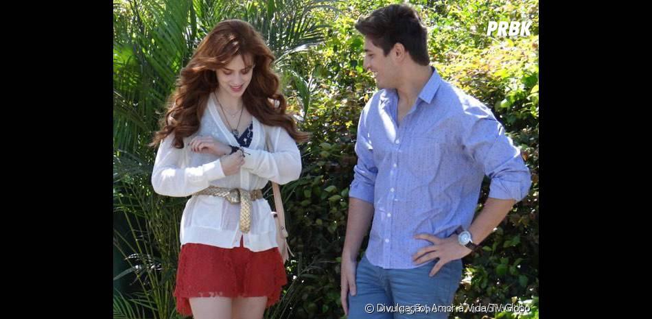 Rogério (Daniel Rocha) vai ajudar no plano de Natasha