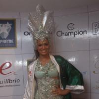 """Bruna Marquezine se ausenta do Carnaval 2014 para se dedicar à novela """"Em Família"""""""