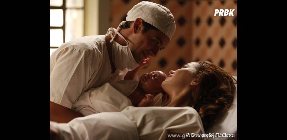 """Em """"Joia Rara"""", Silvia (Nathalia Dill) teve um filho com Viktor (Rafael Cardoso)"""