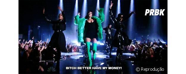 É melhor ter o dinheiro da Rihanna!
