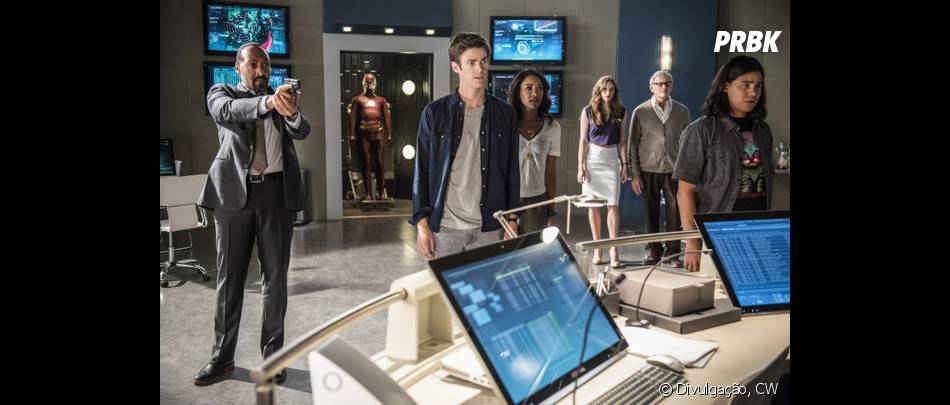 "Será queLinda Park (Malese Jow) era a visita inesperada no STAR Labs na foto promocional de ""The Flash""?"