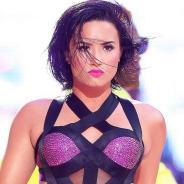 """Demi Lovato arrasa com """"Cool For The Summer"""" e quebra recorde de Lady Gaga na Billboard!"""