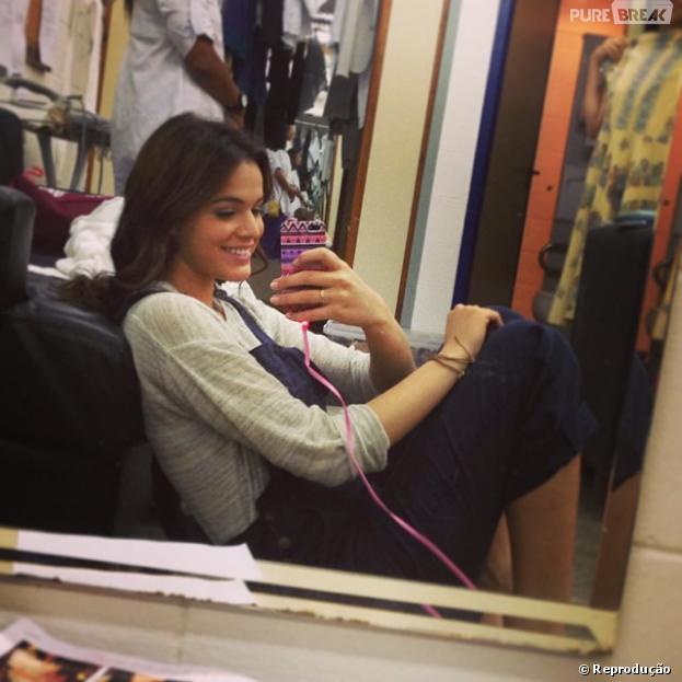 Bruna Marquezine adora tirar fotos do seu dia a dia e postar no Instagram