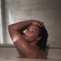 Demi Lovato posa pelada para revista e fala sobre nova fase mais sensual!