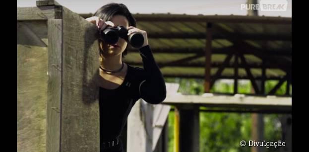 """Demi Lovato lança trecho de """"Kingdom Come"""" e libera mais uma prévia do clipe de """"Confident"""""""