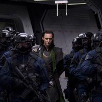 """De """"Os Vingadores 2"""": cadê Loki? Tom Hiddleston explica ausência do vilão no filme"""