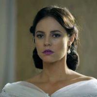 """Novela """"Além do Tempo"""": Melissa (Paolla Oliveira) é desmascarada e abandonada no altar por Felipe!"""