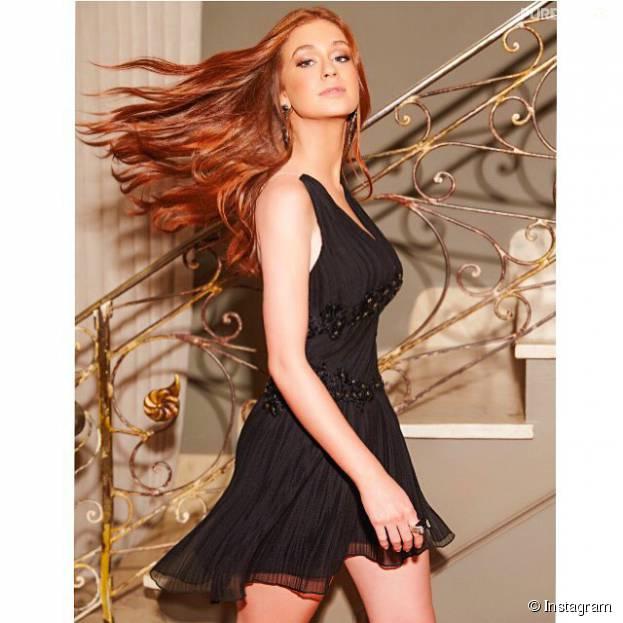 Marina Ruy Barbosa mostra seu cabelo perfeito em 15 fotos divônicas!