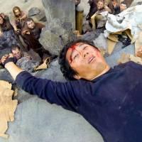 """Em """"The Walking Dead"""": na 6ª temporada, Glenn morre? Produtor dá pistas sobre futuro da série!"""