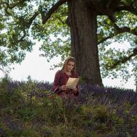 """Em """"The Originals"""": na 3ª temporada, primeiro amor de Klaus aparece em novo trailer!"""