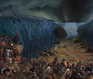 """Xuxa vai aparecer em """"Os Dez Mandamentos"""" apenas como figurante, em uma cena atrás de Moisés (Guilherme Winter). Será que vai ser na abertura do Mar Velho?"""