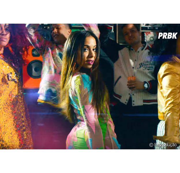 """Com """"Deixa Ele Sofrer"""", Anitta vira dona da músicamais executada por uma artista feminina brasileira no Spotify."""