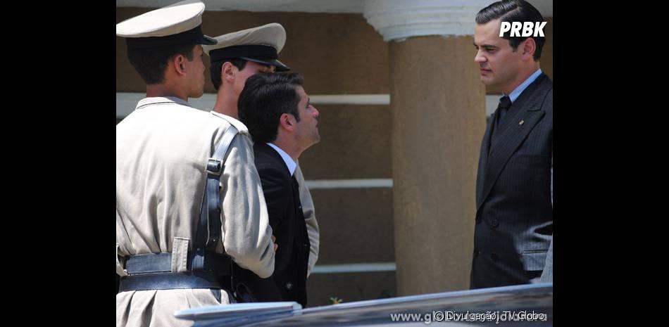 "Em ""Joia Rara"", Manfred (Carmo Dalla Vecchia) conta vantagem enquanto vê Franz (Bruno Gagliasso) ser preso injustamente"