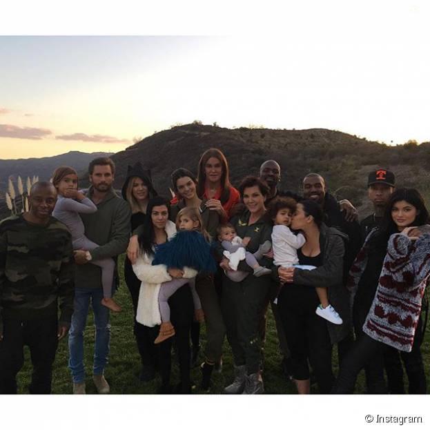 Kylie Jenner leva Tyga para Dia de Ação de Graças de sua família! Veja fotos da celebração