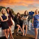 """Em 'Pretty Little Liars"""": na 6ª temporada, com Aria e mais, foto levanta suspeita de nova morte!"""