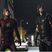 """Em """"Arrow"""" e """"The Flash"""": Oliver faz descoberta surpreendente e Felicity termina namoro!"""