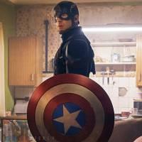 """De """"Capitão América: Guerra Civil"""": Homem-Aranha deve aparecer usando o seu uniforme completo"""