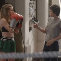"Novela ""Totalmente Demais"": Eliza (Marina Ruy Barbosa) arma barraco com Leila por causa de Jonatas!"