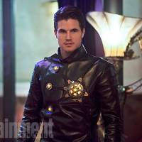 "Em ""The Flash"": na 2ª temporada, Morte Nuclear mata personagem recorrente, segundo Robbie Amell!"