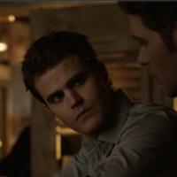 """Em """"The Vampire Diaries"""" e """"The Originals"""": Stefan e Klaus se encontram na 1ª cena do crossover!"""