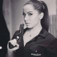Anitta já vestiu o figurino de policial para a TV. Que tal usar no Carnaval?