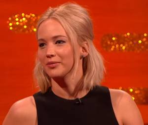 Jennifer Lawrence revela que expulsou irmão de tapete vermelho
